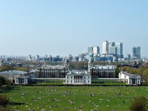 Greenwich_Park,_Queen's_House,_Greenwich_Hospital,_Thames_&_Canary_Wharf